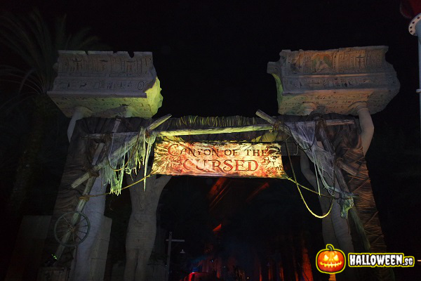 2014 Halloween Horror Nights 4 - Canyon of the Cursed